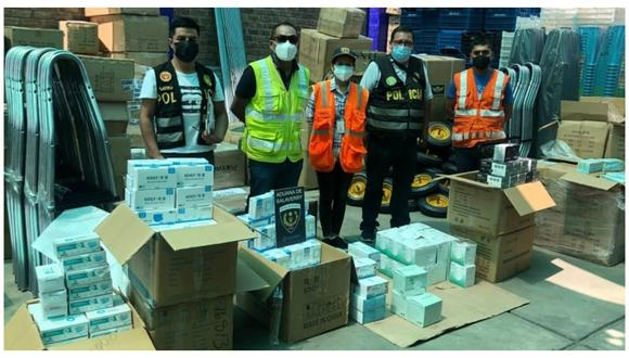 Mercadería estaría valorizada en más de 90,000 soles y fue trasladado al almacén de la Sunat. (FOTO: PNP)