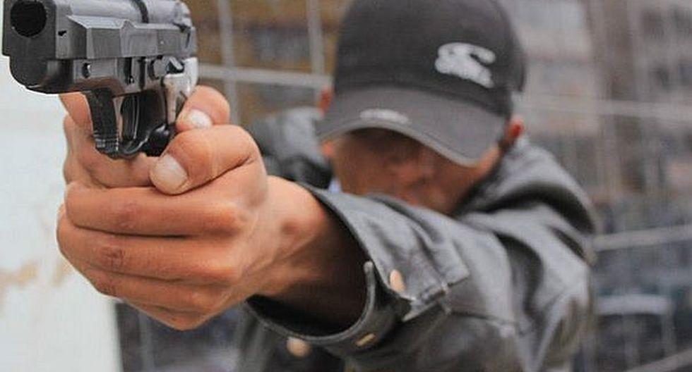 Sicarios atacan a balazos a hombre en La Esperanza