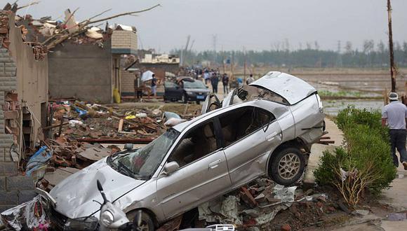 China: Se eleva a 98 muertos y 800 heridos la cifra de víctimas por tornado
