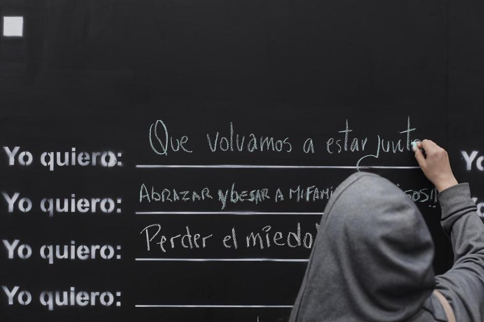 """Presentan """"El Muro de la Esperanza"""" espacio en el que las personas podrán expresar sus anhelos y esperanzas para cuando haya finalizado la pandemia. Fotos: Leandro Britto / @photo.gec"""