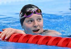 Nadadora de Alaska gana el oro en los Juegos Olímpicos y los residentes de ese estado reaccionaron de una singular forma