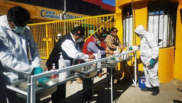 Solo los comerciantes con descarte de COVID-19 volverán al mercado Río Seco