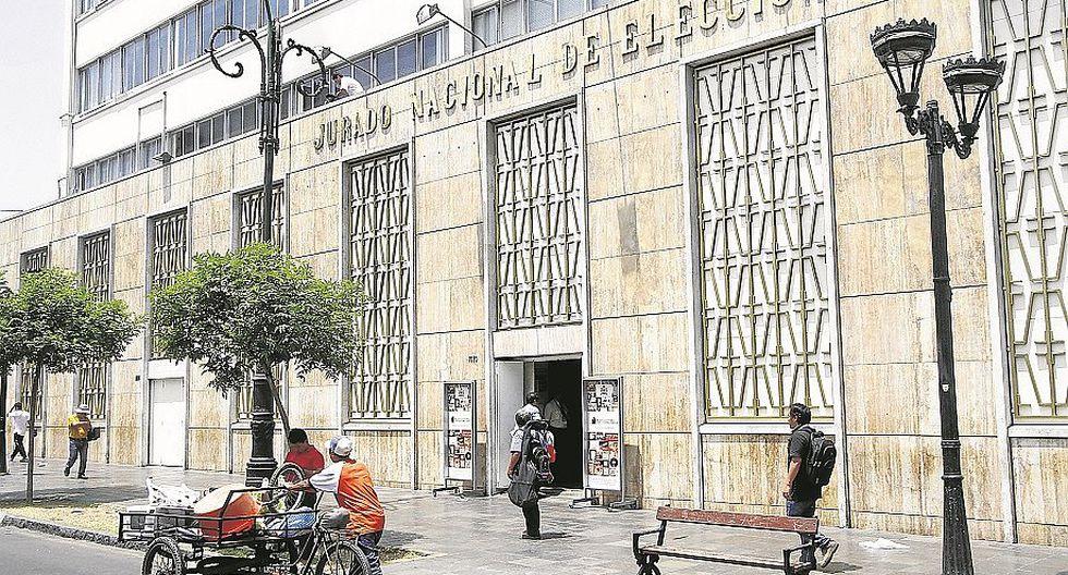 """Julio Fernández: """"No procede multa a Alianza Popular porque ya se desintegró"""""""