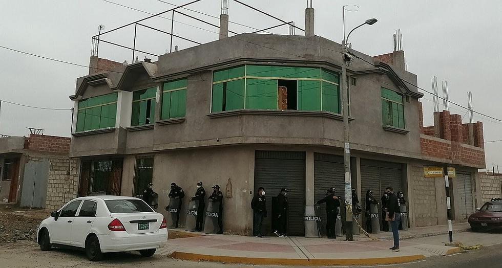 Fiscales y policías constatan signos de riqueza en casa de dirigente de Apertac