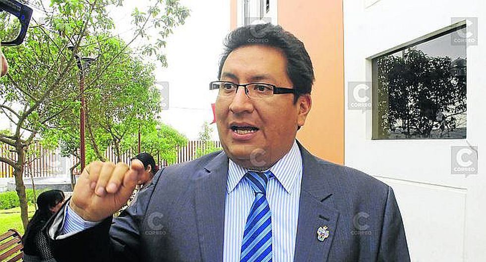 Miniván: transportistas agreden a inspectores del GRA