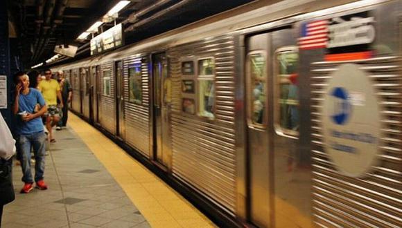 Detienen a hombre que golpeó a una anciana en metro de Nueva York (VIDEO)