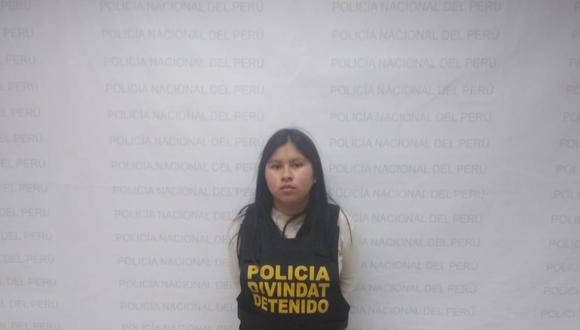 Rosa Galindo, quien es sindicada de captar a jóvenes para que abran cuentas de ahorros. (PNP)