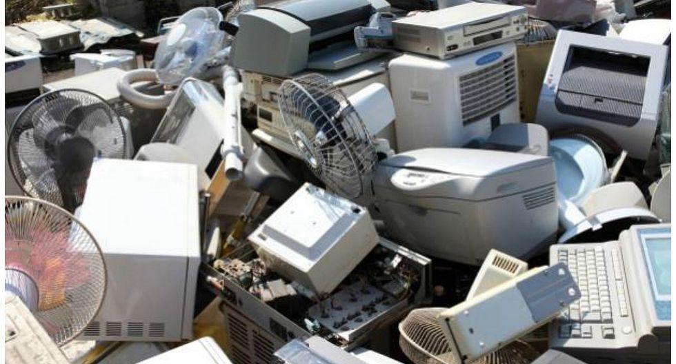 Computadoras usadas en Perú son enviadas a EE.UU. para su reciclaje