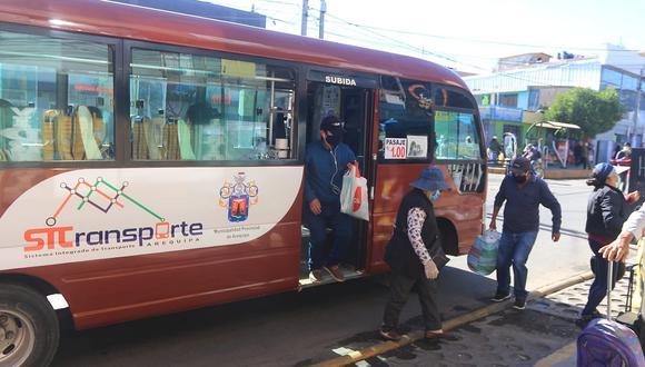 Transportistas incumplen compromiso y cobran pasaje a 2 soles en Arequipa
