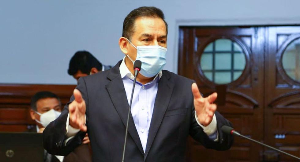 José Vega presentó moción para que en el Pleno del Congreso salude a su partido por su aniversario y a él mismo