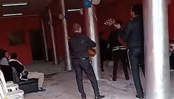 Intervienen fiesta de cumpleaños que se realizaba con mariachi incluido (VIDEO)