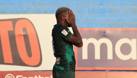 Jefferson Farfán lleva un gol en su regreso a Alianza Lima. (Foto: Liga Profesional de Fútbol)