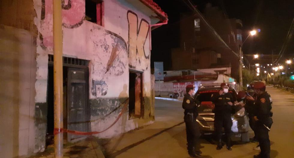 Hallan un cadáver calcinado en una casa abandonada de Huancayo (VIDEO)