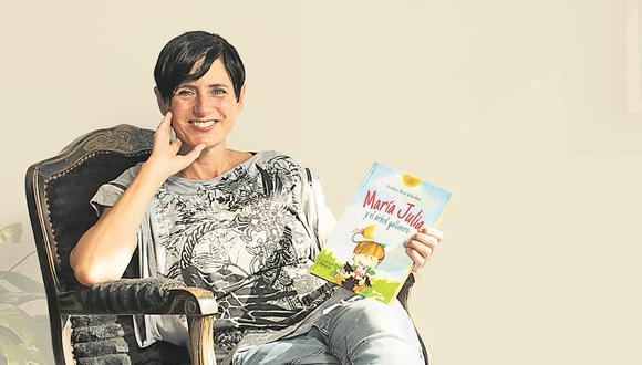 """Al cumplirse 20 años de la publicación de """"María Julia y el árbol gallinero"""", la narradora y artista habla de su personaje y del oficio de la escritura"""