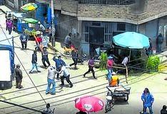 Venezolanos y huancaínos se enfrentan en concurrido pasaje Andaluz  cerca a mercado de Huancayo (VIDEO)