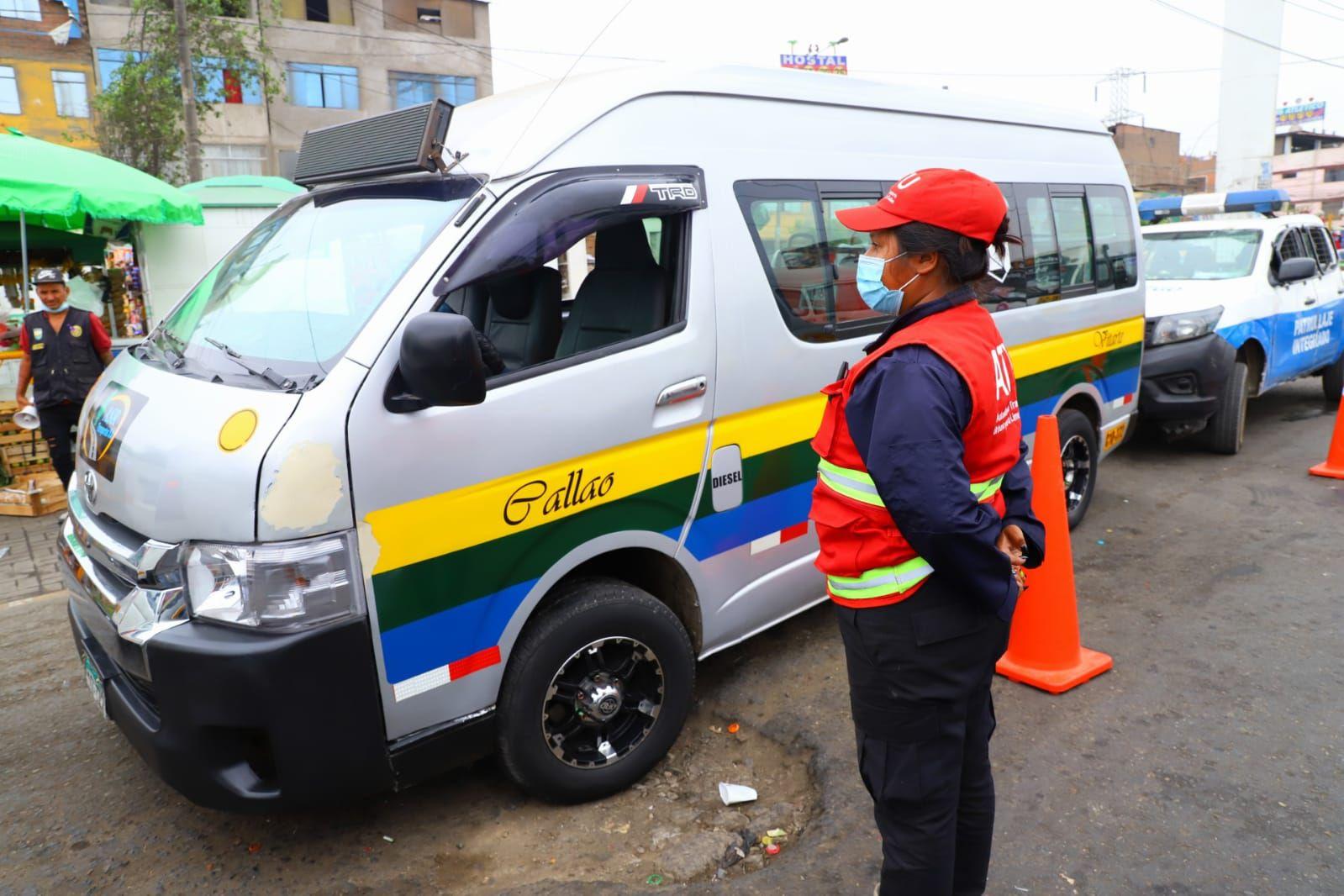 17-mil-vehiculos-informales-y-con-deudas-en-lima