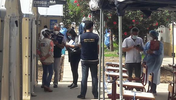 La Fiscalía efectuó diligencias en el hospital Unanue mientras se realizaba conferencia de prensa. (Foto: Adrian Apaza)