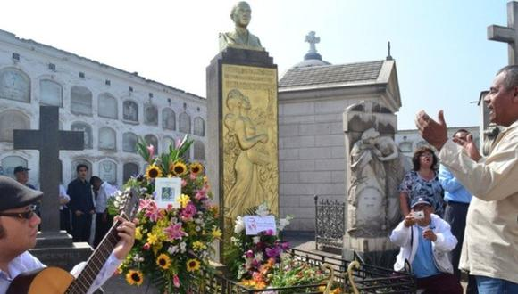 Beneficencia de Lima evalúa prohibir el uso de flores naturales en los cementerios El Ángel y Presbítero Maestro tras la pandemia. (Foto: Andina)