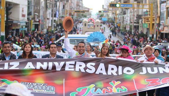 Huancayo: ¿Gobierno regional no tenía permiso para bloquear calle Real con comparsa?