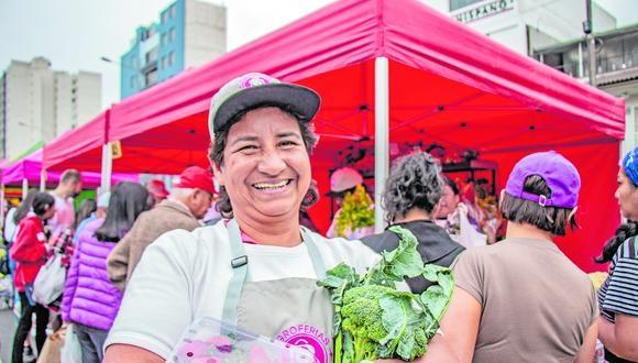 """""""Antes de la pandemia  y de la última tormenta política ya existía una desarticulación entre el crecimiento económico (boom gastronómico) con la pequeña agricultura y la pesca artesanal"""", comenta Andrés Ugaz de cocinapar.org"""