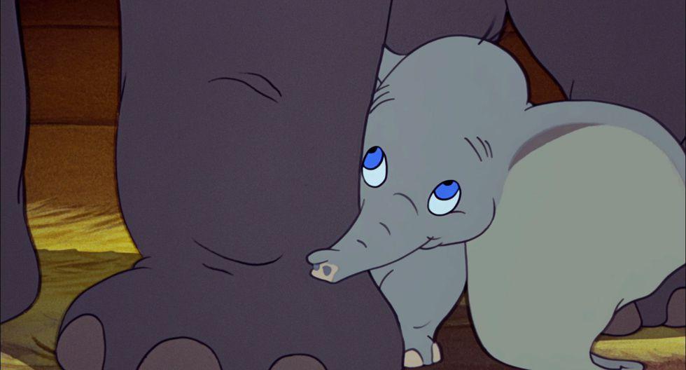 Piden a Tim Burton que película Dumbo tenga final feliz