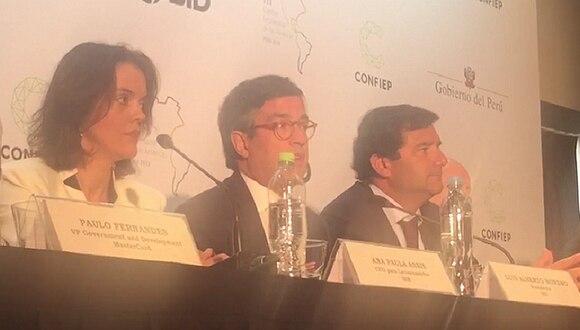 "BID presenta proyecto para que multinacionales ""empoderen"" a 100 mil mujeres de América Latina"