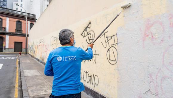 Eliminan pintas y retiran publicidad no autorizada en espacios públicos del Cercado de Lima. (Foto: Municipalidad de Lima)