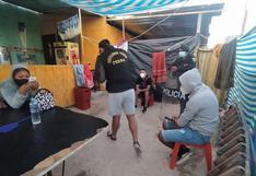 Policías allanan dos predios que operaban como bares clandestinos