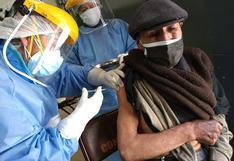Huancavelica es la primera región en vacunar contra la COVID-19 a adultos mayores de 60 años, según director regional