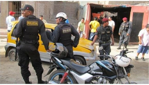Cuatro hampones retienen a un distribuidor de gaseosas y le roban más de S/15,000