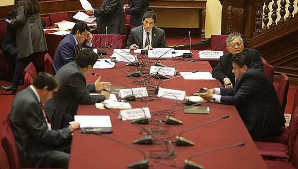 Fiscalización aprueba PL para transparentar licitaciones que realizan organizamos internacionales