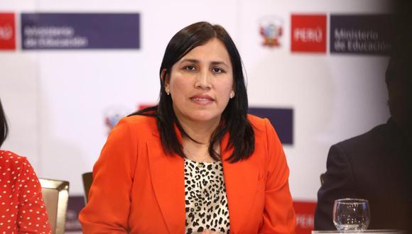 Candidata a la vicepresidenta indica que la plancha presidencial pasaría a estar conformada solo por Julio Guzmán y ella