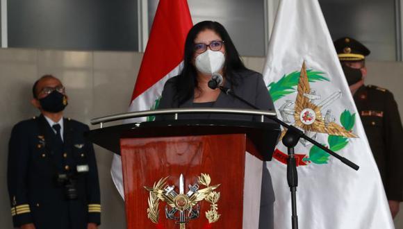 La ministra de Defensa, Nuria Esparch, enfatizó este viernes que no debería ser una noticia relevante el hecho que una mujer tome las riendas de un ministerio. (Foto: Presidencia)