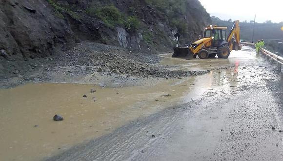 Carretera Central: Lluvias y deslizamientos afectan zona de Cocachacra (VIDEOS)