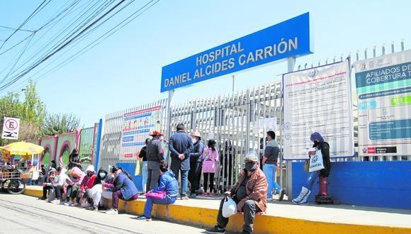 Hospital Carrión de Huancayo compró colchones a empresa que le pertenece a alcalde distrital.