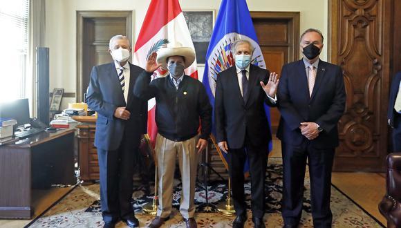 """Consideró que """"está bien"""" que el jefe de Estado le haya pedido """"salir de las cuatro paredes"""", pues dichos llamados a estar más en el terreno """"son muy útiles"""". (Foto: Presidencia Perú)"""