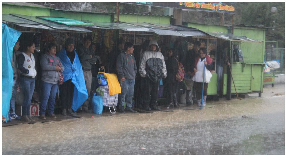 Pobladores soportaran lluvia, granizo y nieve acompañadas de descargas eléctricas. (GEC)