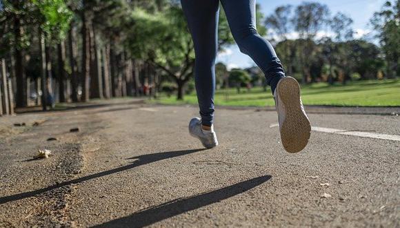 Especialista recomienda adoptar hábitos saludables en la rutina diaria, que ayuden a proteger el tejido articular.