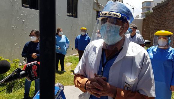 Médicos de Medicina Legal protestan porque no fueron incluidos para vacuna contra covid| Foto: Pedro Torres
