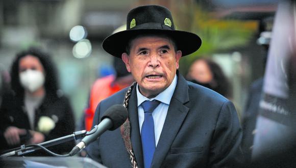 Justifica exclusión de evento de Guadalajara porque le costaban al Estado S/57 mil en cada caso. Sin embargo, Mincul lo desmiente