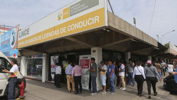 MTC y Migraciones firmaron convenio que permitirá facilitar este proceso a fin de evitar falsificaciones o adulteraciones en la documentación presentada por extranjeros. (Foto: Manuel Melgar / GEC)