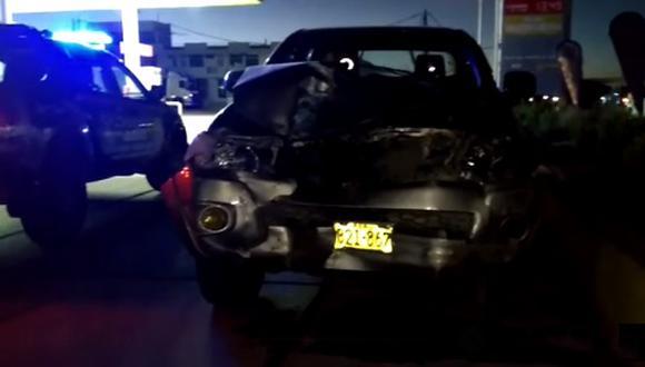 Camioneta Hilux habría impactado por detrás a un vehículo color azul. (Foto: Difusión)
