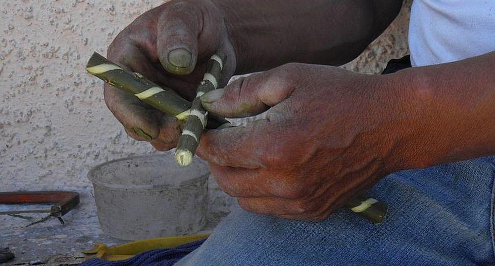 En Yura Viejo mantienen la tradición de las cruces de sauce