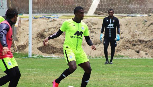 El futbolista colombiano Johan Arango es el hombre gol de Binacional. (Foto: Prensa Binacional)