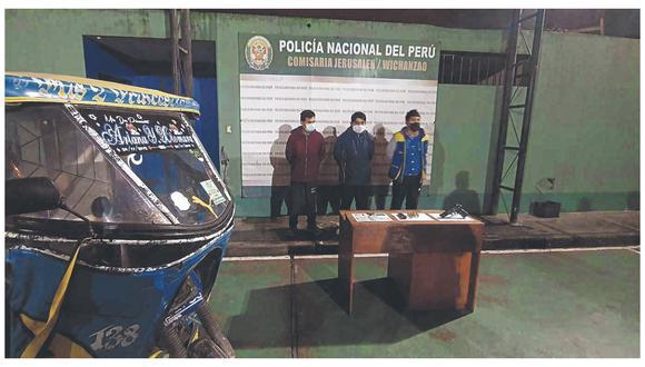 Son arrestados cuando se encontraban por la urbanización Villa Hermosa, en el distrito de La Esperanza. (Foto: PNP)