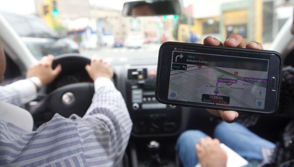 La Comisión de Transportes y Comunicaciones del Congreso sacó de su predictamen la relación laboral entre los apps y taxistas. (FOTO: GEC)