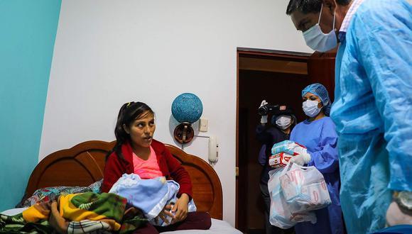 Huánuco: Mujer alumbra a bebé en medio de cuarentena en hotel