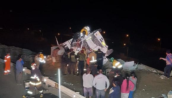 Despiste y volcadura de volquete deja tres fallecidos en Moquegua