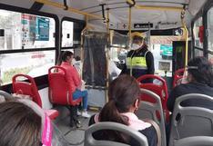 Azángaro: Multarán por no usar protector facial en transporte público