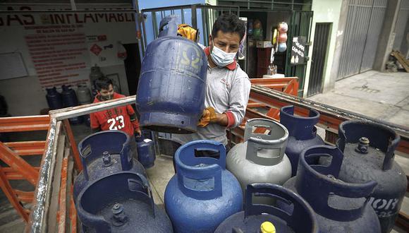 El Fondo de Estabilización ayudará a reducir el precio del balón de 10 kilos en S/ 11, aseguró el ministro de Economía, Pedro Francke. (Foto: Joel Alonzo / GEC)